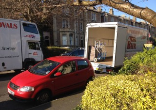 BHR House Removals in terace area in bristol